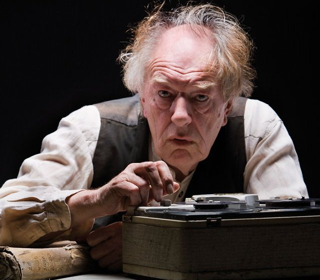 Michael-Gambon-as-Krapp-in-the-Gate-Theatre-production-of--Krapp-s-Last-Tape--by-Samuel-Beckett--Photo-Pat-Redmond