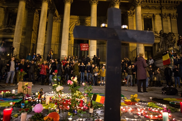 2811766 03/22/2016 People gather on Place de la Bourse in central Brussels to honor the memory of the March 22 terrorist attack victims. Irina Kalashnikova/Sputnik