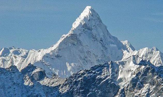 everest-nu-mai-este-cel-mai-inalt-munte-din-lume-0