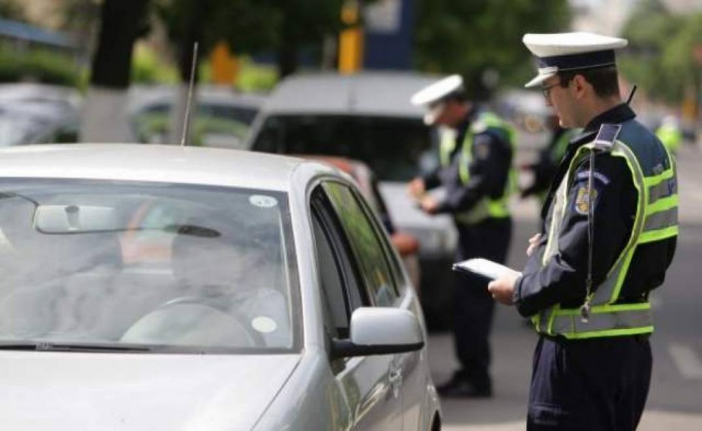 razie-in-trafic-sute-de-soferi-au-ramas-pietoni-aproape-10-000-amendati-7648