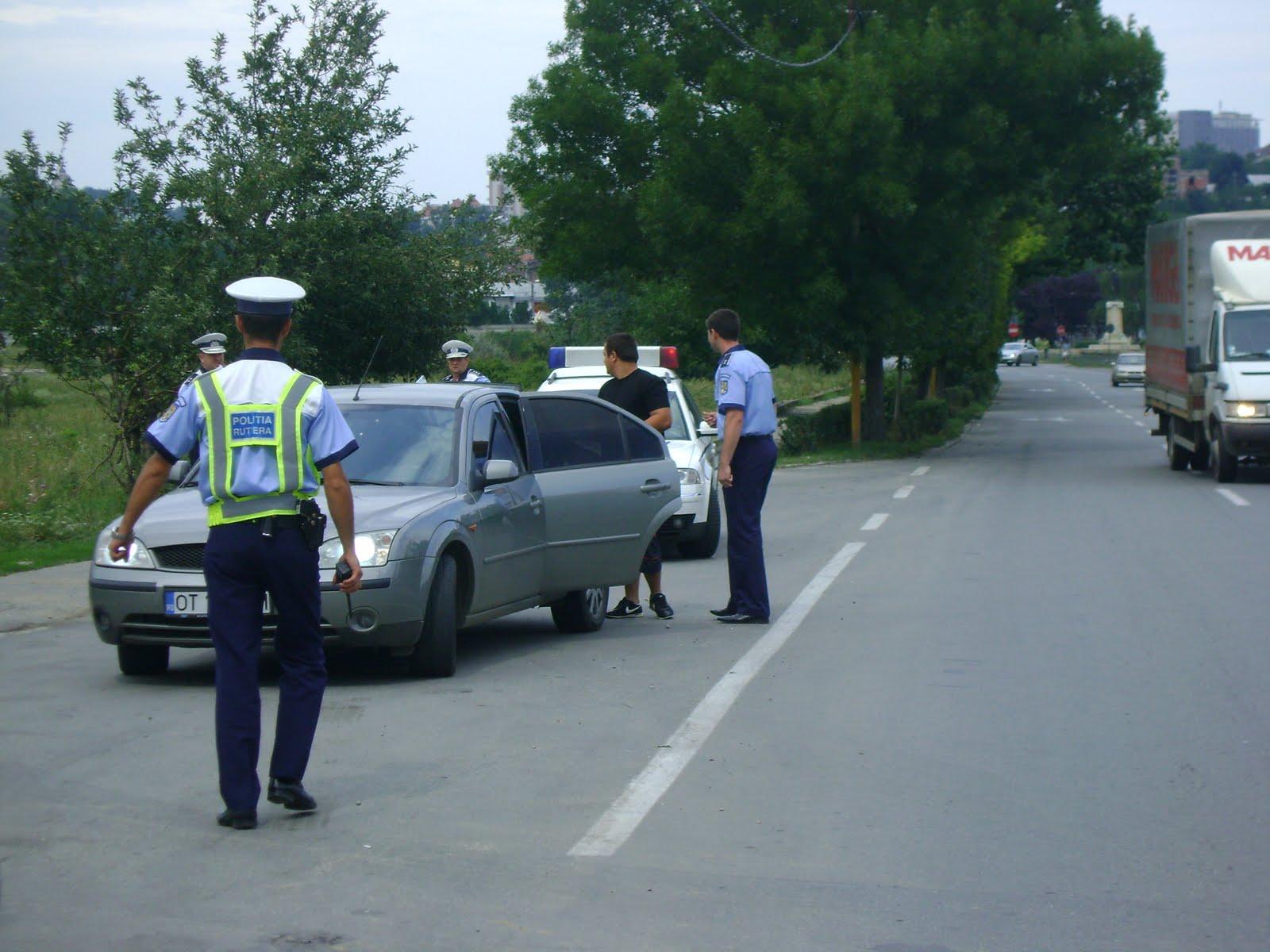 politisti-rutieri-in-trafic