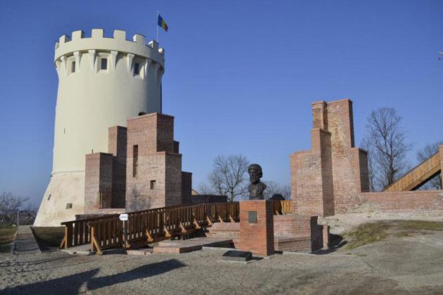 Cetatea-din-Ardud1