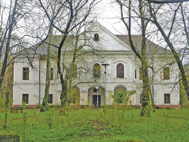 castel-Vecsey-3