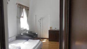 Hotel Cetate 12